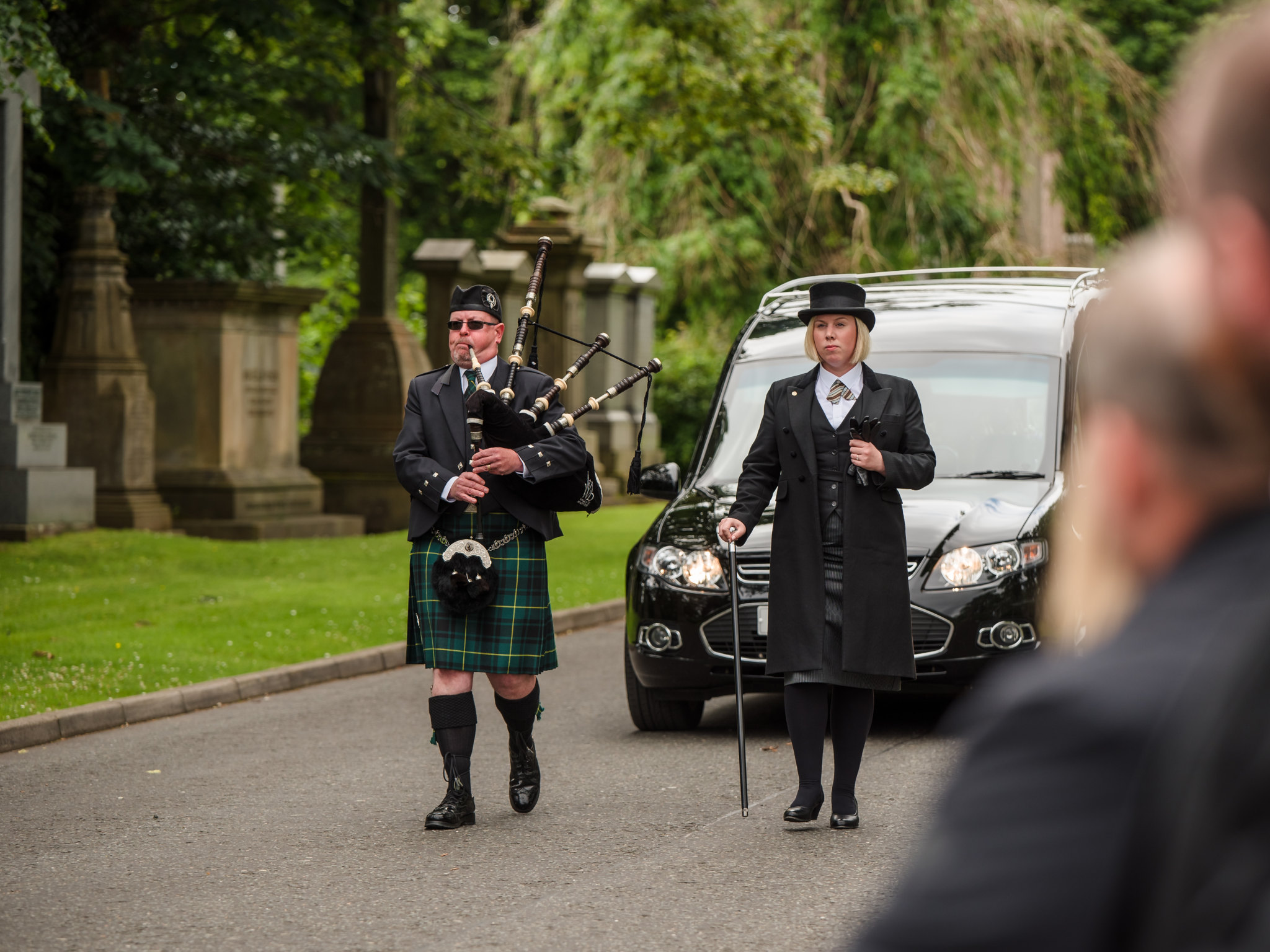 traditional scottish funeral using personalised service